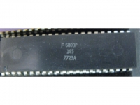 IC uP MPU [68000] MC6800P Motorola