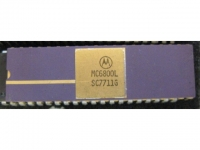 IC uP MPU [6800] MC6800L Motorola
