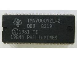 IC Music TMS7000N2L-2 DBU 8319 Korg / TI