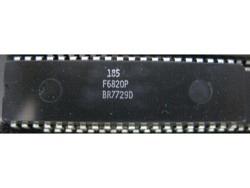 IC uP P [6800] F6820P Fairchild