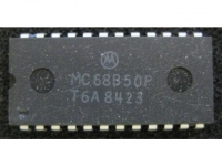 IC uP P [6800] MC68B50P