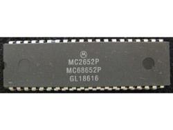 IC uP P [68000] MC68652P/MC2652P