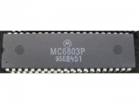 IC uP MPU [6803] MC6803P Motorola