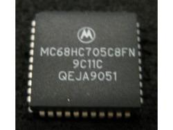 IC uP MCU [68HC05] MC68HC705C8FN Motorola